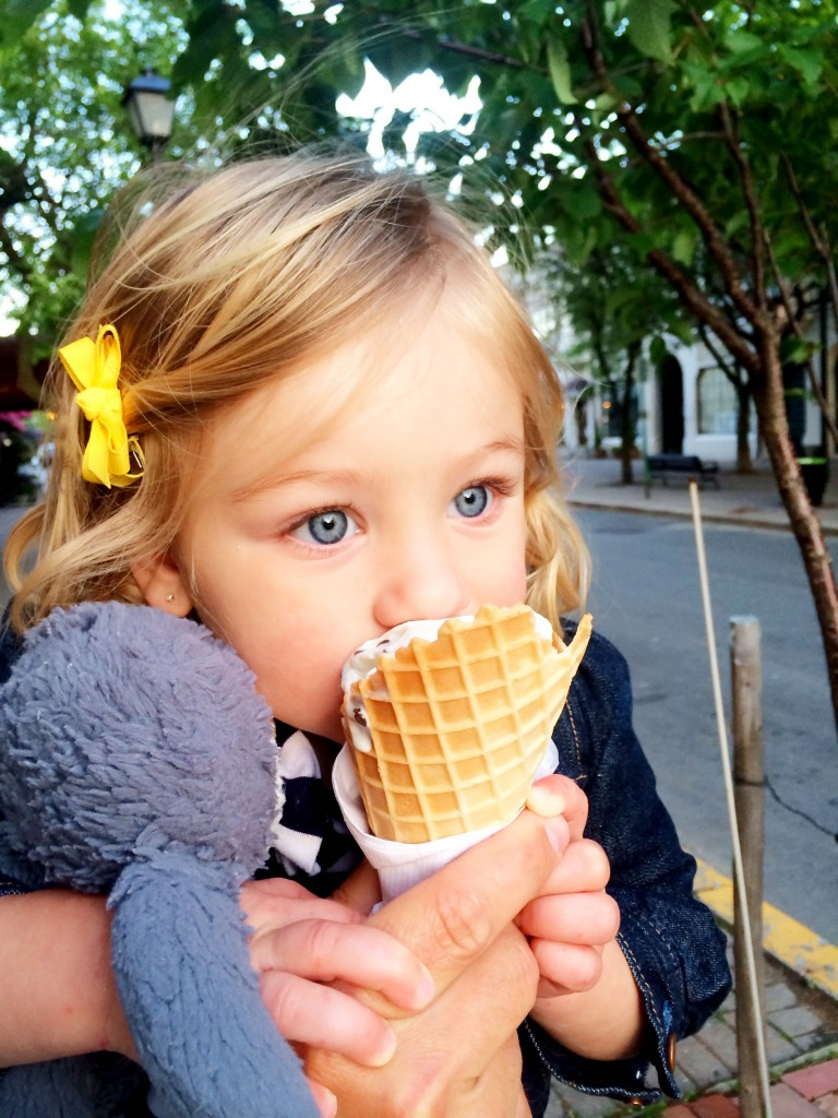 big blue eyes with gelato blog pic